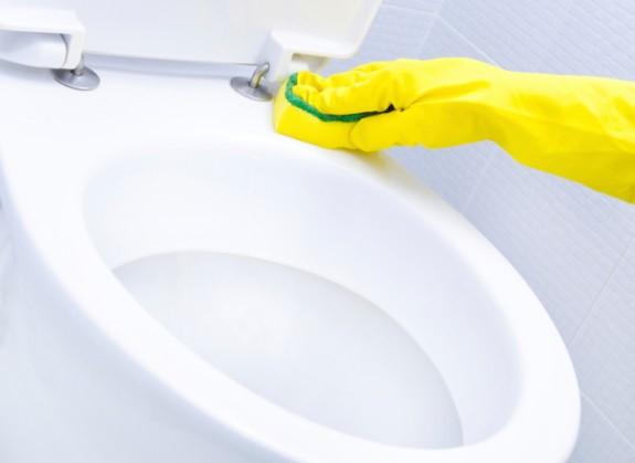 Cách vệ sinh nhà tắm đúng cách